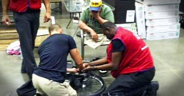 Veteran Waited On New Wheelchair For 2 Years, Then Lowe's Employees Stepped In
