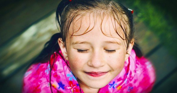 This Girl's Life Is A MIRACLE. And I Will Never See The Rain The Same Again – TISSUES!