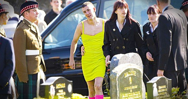 Man Wore A Dress To His Best Friend's Funeral