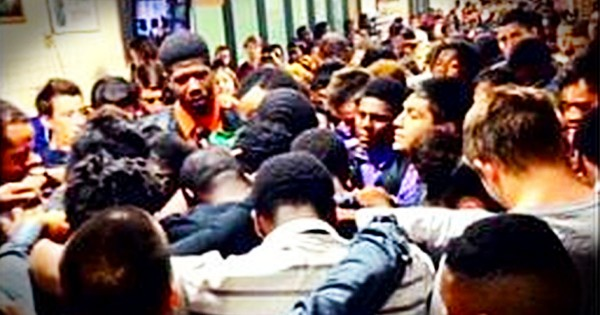 When You Hear WHY These Teenagers Are Praying In A Hall You'll Sob. THIS Is Love.