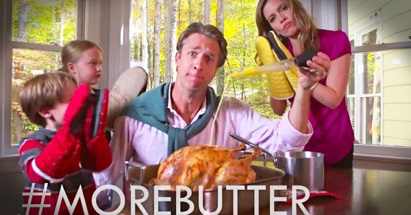 Funny Thanksgiving Parody Song – Holderness Family's 'All About the Baste'