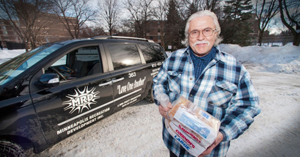 One Man Gave 500,000 Sandwiches to The Homeless In The Cold..His Own Struggles Never Stopped Him