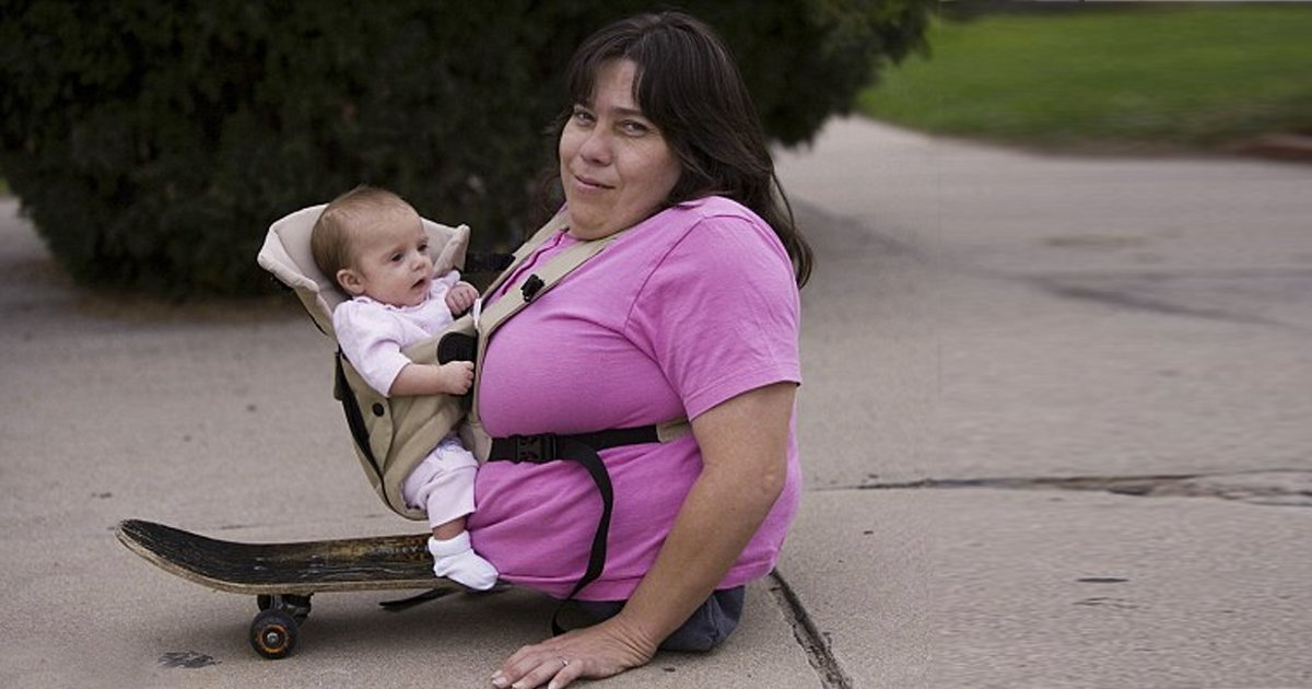 World smallest woman
