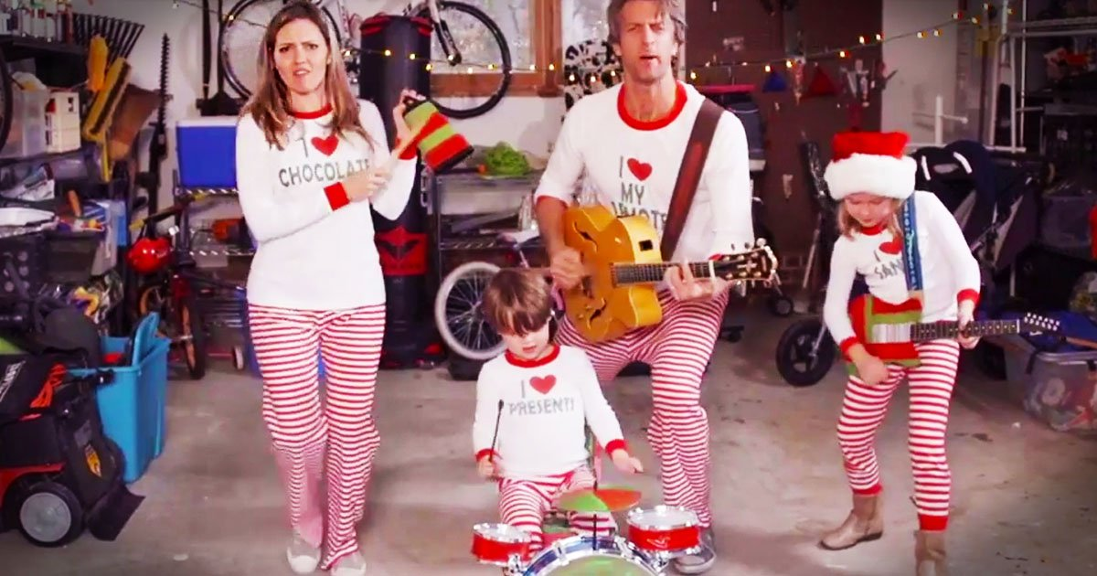 Family Sends Out Hilarious Video Christmas Jammies Card