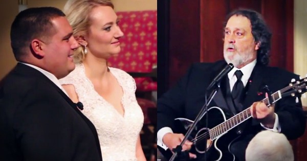 Dad Sings Moving Wedding Version of 'Hallelujah'