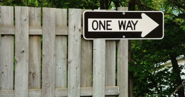 The Truth Is Right In Front Of You! 12 Signs To Make Us Stop And Think.