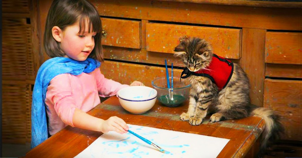 image_1413317412_jd_gvarticle_girl_who_paints_with_cat_FB (1)