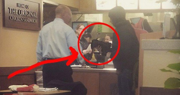What This Chick-Fil-A Manager Did For A Homeless Man Warmed My Heart. What A Beautiful Act Of Kindness!