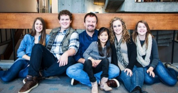 This Casting Crowns Star Asks For Prayers. And Is Leaning On God Through His Cancer Diagnosis.