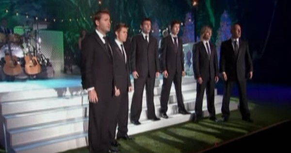 Celtic Thunder Sings 'Amazing Grace'
