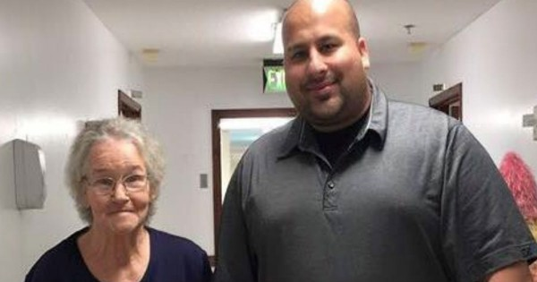 This Pastor's Mom Suffers From Alzheimer's. Hear Why He Says It's NOT The Long Goodbye–TEARS.