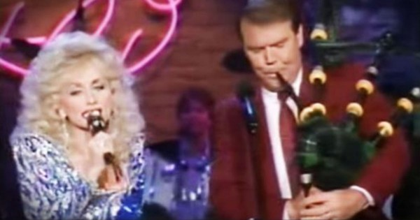 I Thought It Couldn't Get Any Better Than Dolly. Then Glen Campbell Pulled Out The Bagpipes!