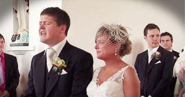 Groom Sings His Bride Up The Aisle With A Beautiful Song