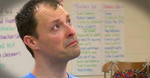 This Teacher Is Giving His Students 1 Final Lesson. And This One Will Hit You Right In The Heart!