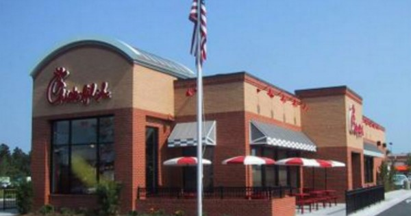 You Never Know What Someone May Be Going Thru. What Happened At This Chick-Fil-A Is Powerful Proof!