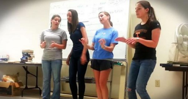 4 Girls A Cappella Barbershop Mashup