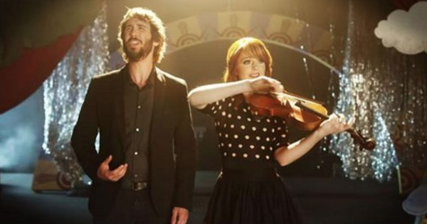 Josh Groban And Lindsey Stirling Perform 'Pure Imagination' On Muppets