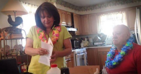 Son Gives His Parents A Big Surprise For Their 50th Anniversary