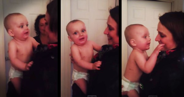 10-Month-Old Baby Meets His Mom's Twin For The First Time