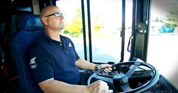 Hero Bus Driver Saw A Kidnapped Little Boy, And Did THIS To Drive Him To Safety!