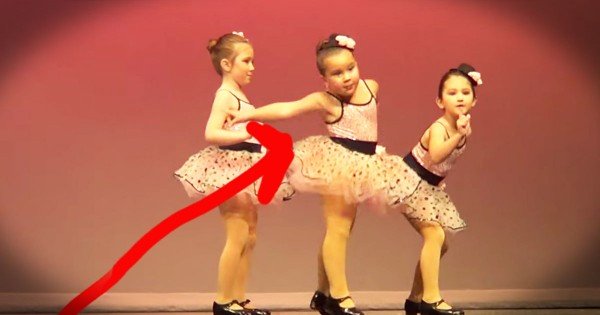 This Toddler Just Stole The Show. . .AND My Heart–LOL!