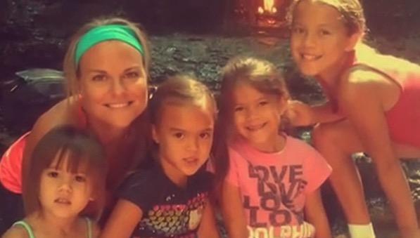 mj-godupdates-woman-adopts-friends-4-daughters-2