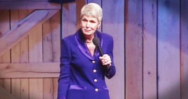 Jeanne Robertson Wasn't Prepared For Performing for Kindergarteners