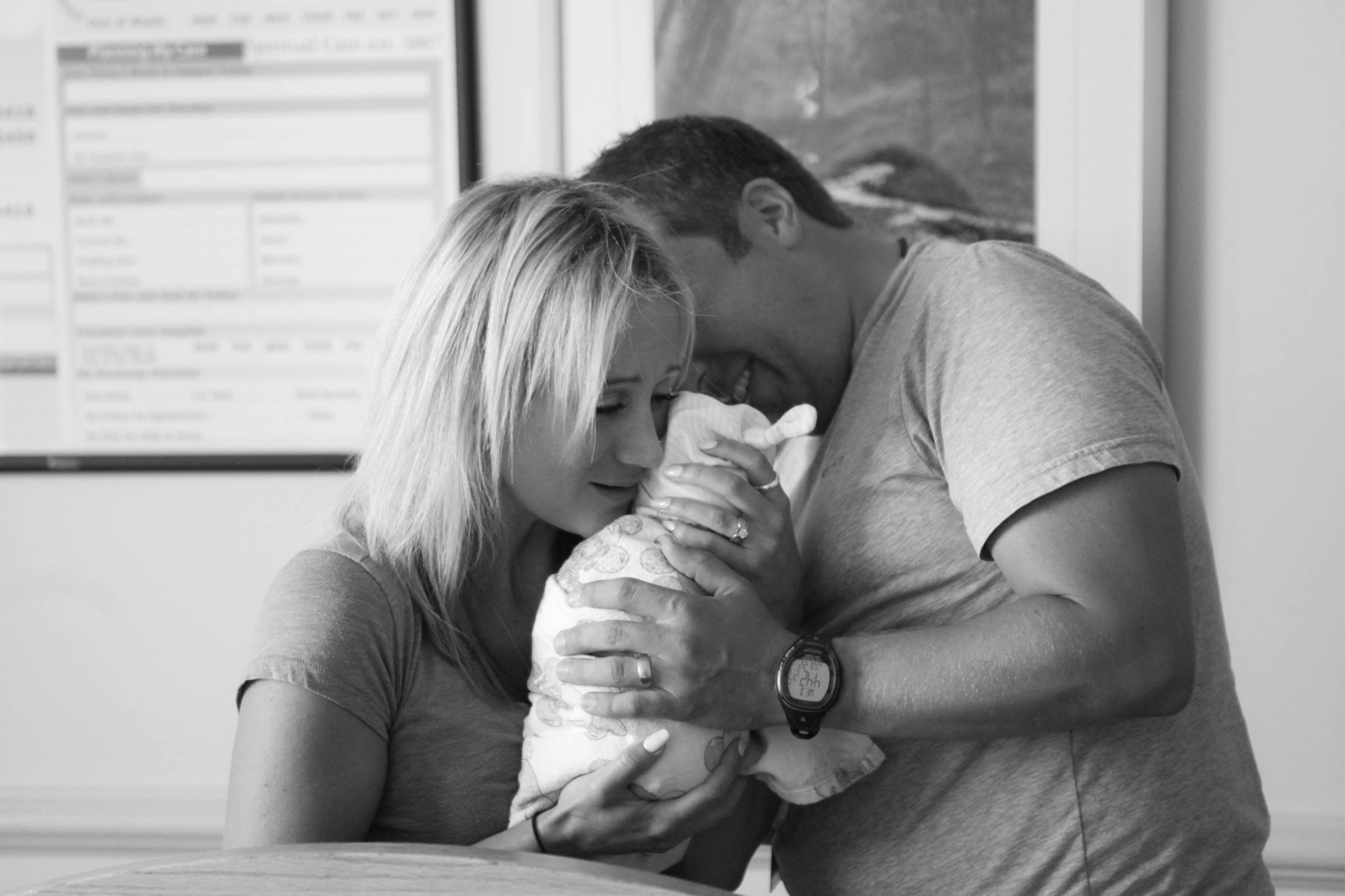 mj-godupdates-adoptive-parents-meet-baby-girl-4