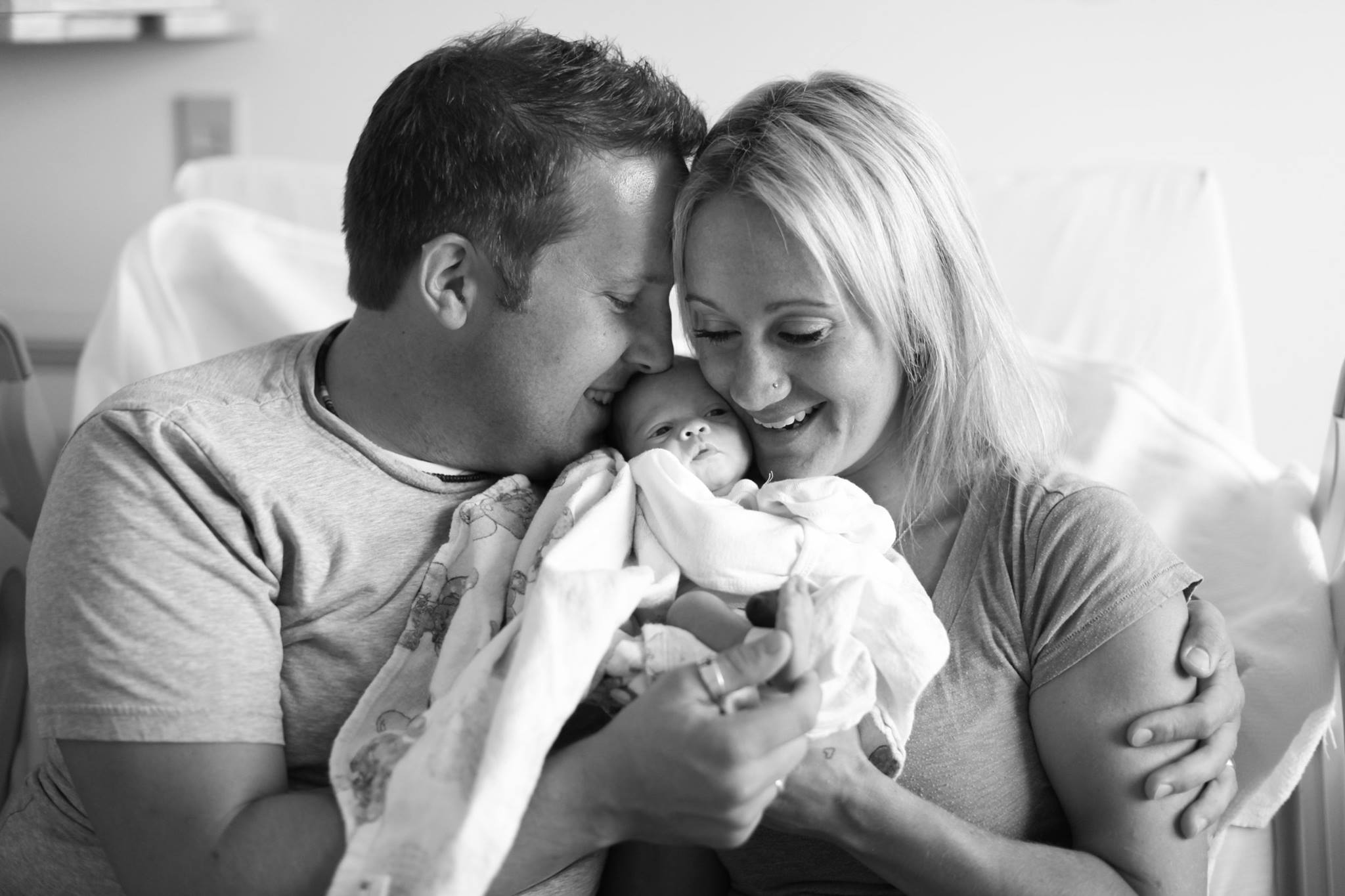 mj-godupdates-adoptive-parents-meet-baby-girl-7