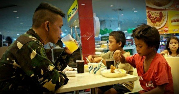 An Airman Did THIS For 2 Hungry Children. And It Will Melt Your Heart!
