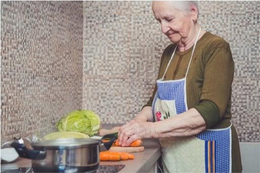mj-godupdates-grandma-carrot-egg-coffee-wisdom-2