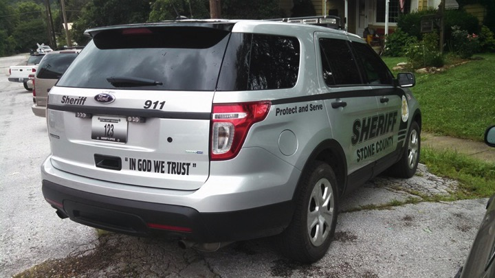 mj-godupdates-sheriff-defends-decal-2
