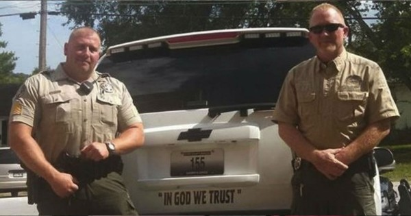 A Sheriff Put THIS On Patrol Cars And The Response Has Him Standing Up For Jesus!
