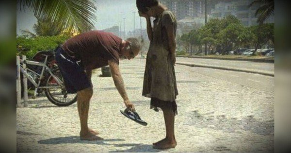 These 10 Random Acts Of Kindness Will Restore Your Faith In Humanity!