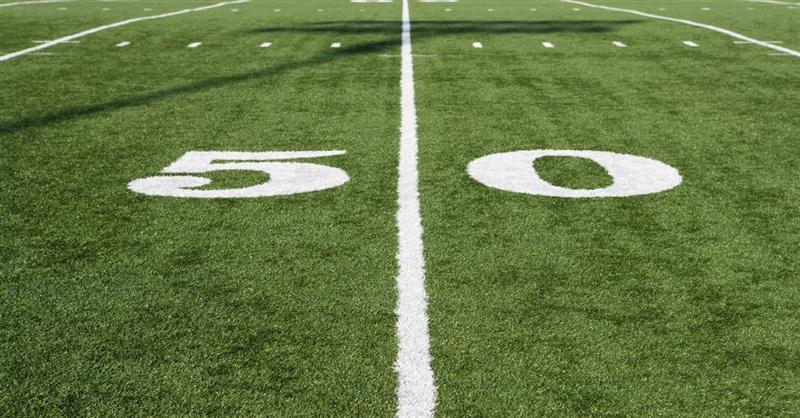 26425-50-yard-line-1200.800w.tn