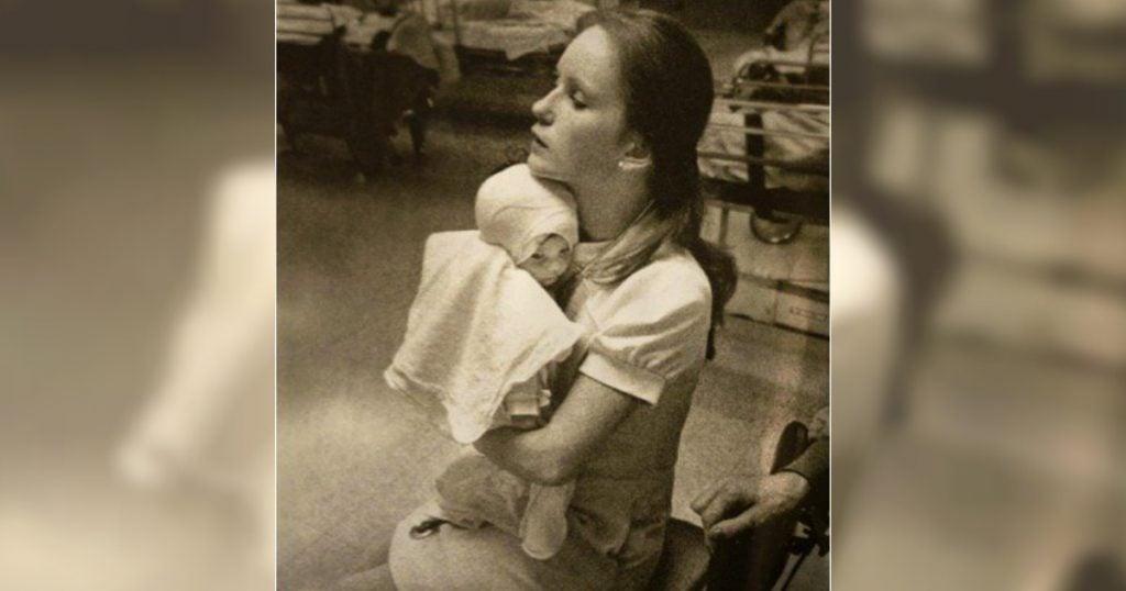 godupdates burned baby reunited nurse 1