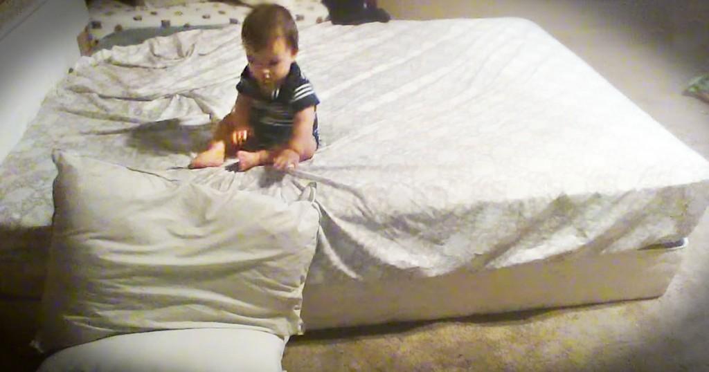 jd-godvine-smart baby makes pillow landing-FB