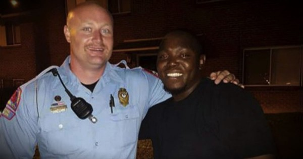 Police Officer Takes A Photo With The Man Who Tried To Kill Him
