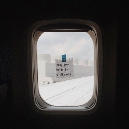 mj-godupdates-flight-attendant-leaves-encouraging-notes-5