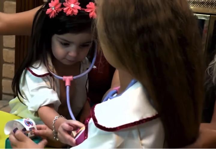 mj-godupates-2-miracle-girls-born-w-heart-outside-chest-meet-7