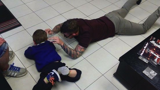 mj-godupdates-barber-cuts-boy-with-autism-hair-on-floor-3