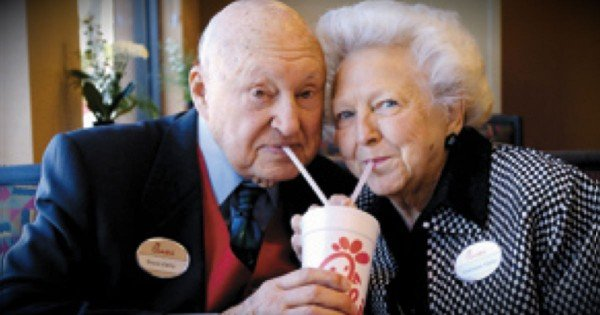 10 Things We Can Learn From Chick-fil-A Founder Truett Cathy