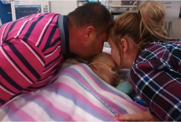 godupdates baby bella miracle recovery after parents kissed their baby girl goodbye 1