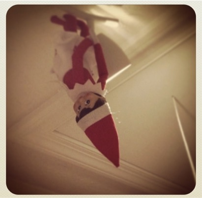 mj-godupdates-mom-cuts-out-elf-on-the-shelf-3