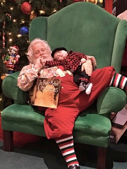 mj-godupdates-santa-sleeping-baby-photo-3