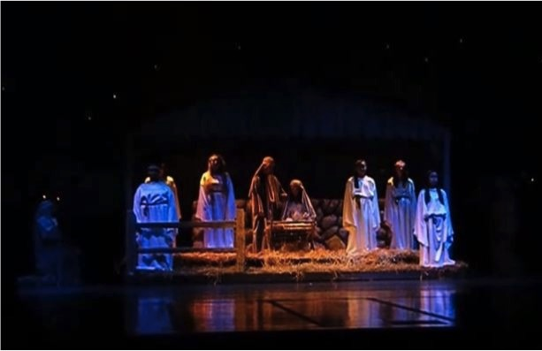 mj-godupdates-school-uses-mannequins-after-live-nativity-scene-banned