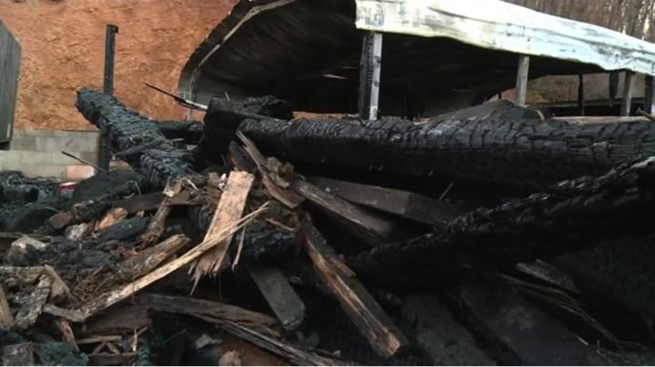 mj-godupdates-bible-survives-TN-house-fire-1