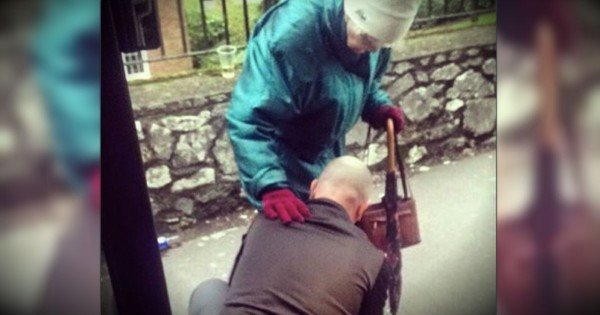 A Bus Driver's Kindness To An Elderly Woman Is ALL Over The Internet!