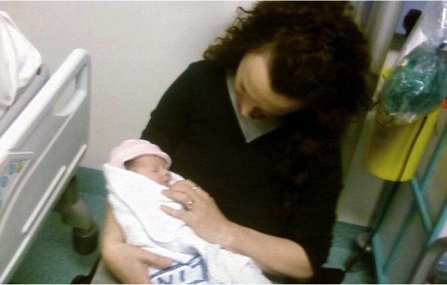 mj-godupdates-louise-mom-meets-baby-after-4mo-coma-4