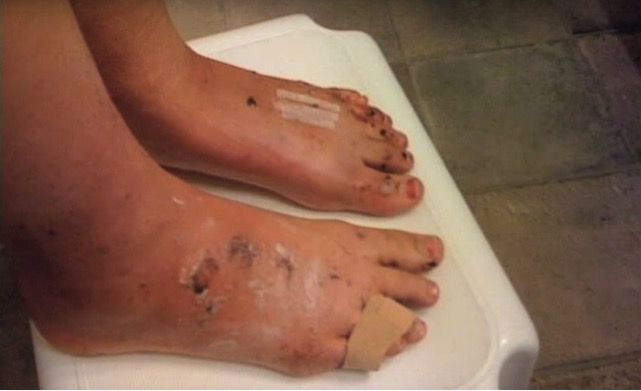 mj-godupdates-warning-of-feet-on-dashboard-5